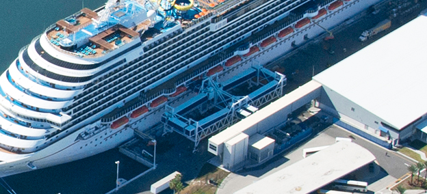 passenger_boarding_bridges_seaport_port_canaveral_terminal_5